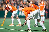 BLOEMENDAAL - HOCKEY - Teun de Nooijer van Bloemendaal tijdens de play offs hoofdklasse hockeywedstrijd tussen de mannen van Bloemendaal en Rotterdam (1-4) . Rotterdam door naar de finale. FOTO KOEN SUYK