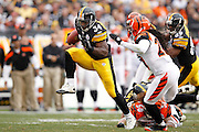PITTSBURGH, PA - DECEMBER 4: Rashard Mendenhall #34 of the Pittsburgh Steelers runs with the ball against the Cincinnati Bengals at Heinz Field on December 4, 2011 in Pittsburgh, Pennsylvania. The Steelers defeated the Bengals 35-7. (Photo by Joe Robbins) *** Local Caption *** Rashard Mendenhall