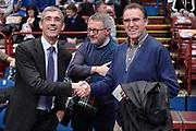 DESCRIZIONE : Milano BEKO Final Eigth  2016<br /> Vanoli Cremona - Dinamo Banco di Sardegna Sassari<br /> GIOCATORE : Fernando Marino Carlo Recalcati<br /> CATEGORIA :  Before Pregame Fair Play Ospite Vip Allenatore Coach Mani<br /> SQUADRA : Vanoli Cremona<br /> EVENTO : BEKO Final Eight 2016<br /> GARA : Vanoli Cremona - Dinamo Banco di Sardegna Sassari<br /> DATA : 19/02/2016<br /> SPORT : Pallacanestro<br /> AUTORE : Agenzia Ciamillo-Castoria/M.Longo<br /> Galleria : Lega Basket A 2016<br /> Fotonotizia : Milano Final Eight  2015-16 Vanoli Cremona - Dinamo Banco di Sardegna Sassari<br /> Predefinita :