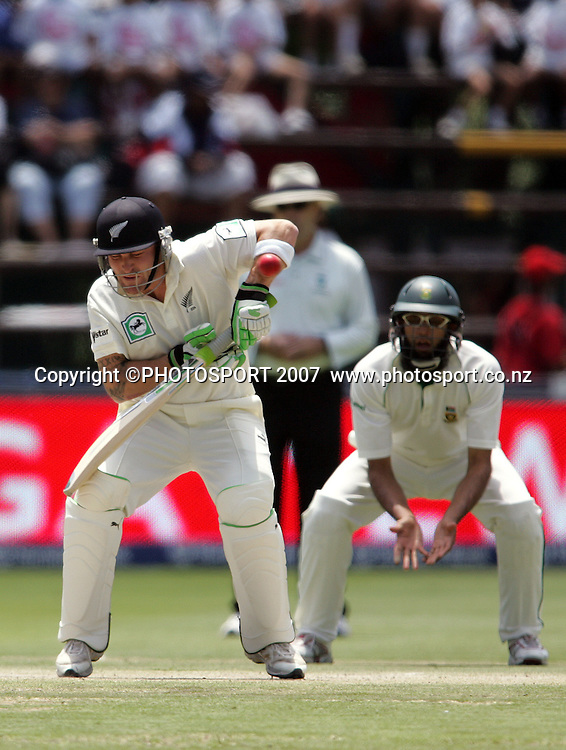 South Africa v New Zealand. International cricket 1st Test. Brendon McCullum suffers a forearm injury at the New Wanderers Stadium, Johannesburg, South Africa. Sunday 11 November 2007. Photo: Ron Gaunt/PHOTOSPORT