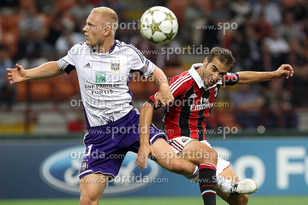 18.09.2012, Stadio Giuseppe Meazza, Mailand, ITA, UEFA Champions League, AC Mailand vs RSC Anderlecht, Gruppe C, im Bild Mathieu Flamini Milan Olivier Deschacht Anderlecht // during the UEFA Champions League group C match between AC Milan and RSC Anderlecht at the Stadio Giuseppe Meazza, Milano, Italy on 2012/09/18. EXPA Pictures © 2012, PhotoCredit: EXPA/ Insidefoto/ Paolo Nucci..***** ATTENTION - for AUT, SLO, CRO, SRB, SUI and SWE only *****