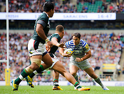 Saracens Inside Centre (#12) Brad Barritt in action during the second half of the match - Photo mandatory by-line: Rogan Thomson/JMP - Tel: Mobile: 07966 386802 07/09/2013 - SPORT - RUGBY UNION - Twickenham Stadium - London Irish v Saracens - Aviva Premiership - London Double Header.