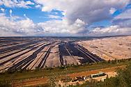 Europa, Deutschland, Nordrhein-Westfalen, Braunkohletagebau Hambach, Betreiber RWE Power AG.<br /> <br /> Europe, Germany, North Rhine-Westphalia, brown coal opencast mining Hambach, operated by RWE Power AG.
