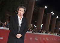 PAOLO SORRENTINO SUL RED CARPET DELLA FESTA DEL CINEMA DI ROMA<br />