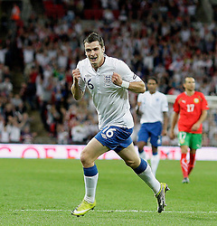 04.09.2010, Wembley Stadium, London, ENG, UEFA Euro 2012 Qualification, England v Bulgaria, im Bild Adam Johnson of England  makes 3-3 and celebrates during England vs Bulgaria. EXPA Pictures © 2010, PhotoCredit: EXPA/ IPS/ Marcello Pozzetti +++++ ATTENTION - OUT OF ENGLAND/UK +++++ / SPORTIDA PHOTO AGENCY