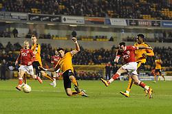 Lee Tomlin of Bristol City takes a shot at goal - Mandatory byline: Dougie Allward/JMP - 08/03/2016 - FOOTBALL - Molineux Stadium - Wolverhampton, England - Wolves v Bristol City - Sky Bet Championship