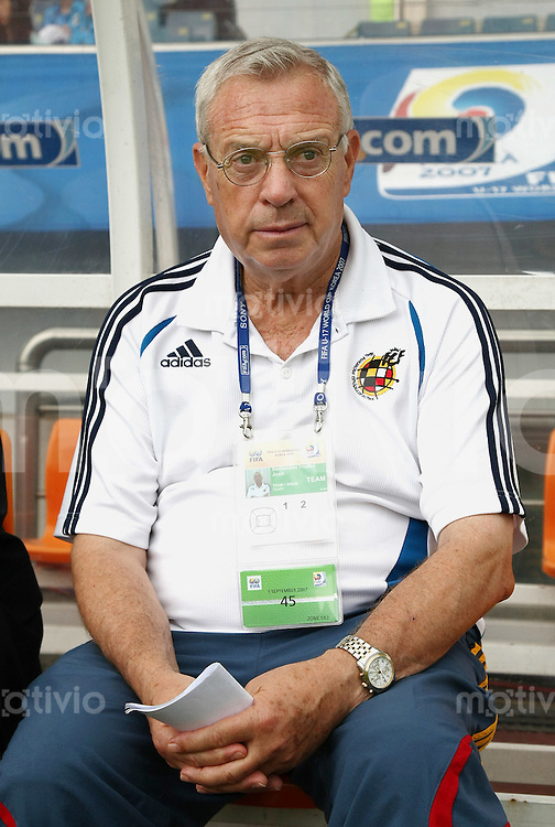 Fussball International U17 WM  Viertelfinale  Frankreich - Spanien  France - Spain  ESP Trainer Juan Santisteban