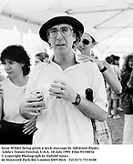 Gene Wilder being given a neck massage by Adrienne Ripley. Gilda's Tennis Festival. U.S.A. 18 July 1993. Film 93358f16<br />