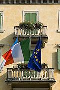 Rathaus, Altstadt, Peschiera del Garda, Venetien, Italien | guild hall, old town, Peschiera del Garda, Veneto, Italy
