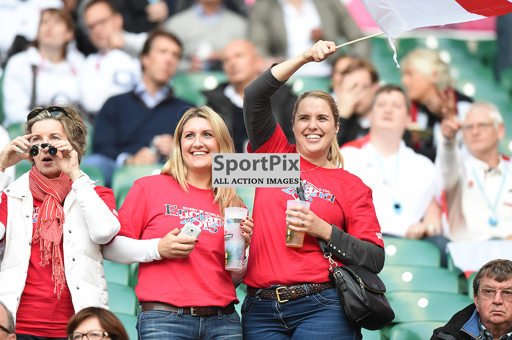 England fans in a confident mood before kick off (c) Simon Kimber | SportPix.org.uk