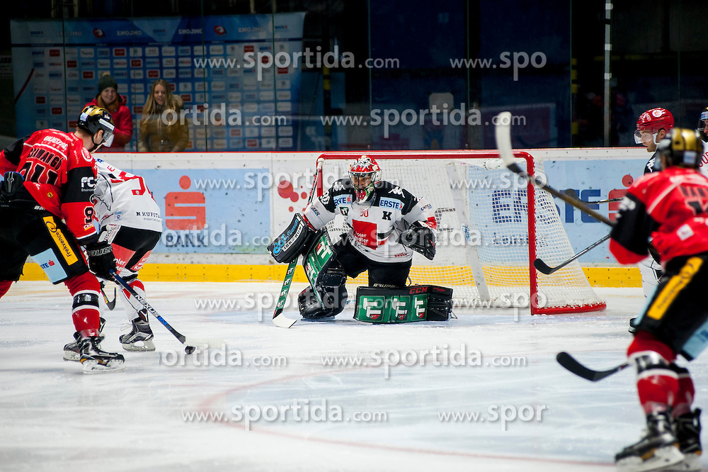 23.10.2016, Ice Rink, Znojmo, CZE, EBEL, HC Orli Znojmo vs HC TWK Innsbruck Die Haie, 13. Runde, im Bild v.l. Stepan Csamango (HC Orli Znojmo) Jason Desantis (HC TWK Innsbruck) Andy Chiodo (HC TWK Innsbruck) // during the Erste Bank Icehockey League 13th round match between HC Orli Znojmo and HC TWK Innsbruck Die Haie at the Ice Rink in Znojmo, Czech Republic on 2016/10/23. EXPA Pictures © 2016, PhotoCredit: EXPA/ Rostislav Pfeffer