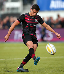 Alex Lozowski of Saracens kicks a penalty - Mandatory by-line: Robbie Stephenson/JMP - 08/10/2017 - RUGBY - Allianz Park - London, England - Saracens v Wasps - Aviva Premiership