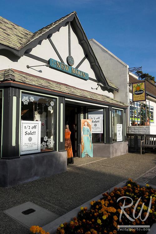New Moon Shop, Cambria, California