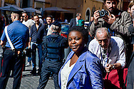 Roma 2 Ottobre 2013<br /> Il ministro per l'integrazione Cecile Kyenge, lascia il Senato dopo il voto di fiducia<br /> The Minister for Integration Cecile Kyenge  leaves  the Upper House after  the confidence vote