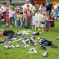 There was no need for shoes at the 2007 Scariff Harbour Festival over the weekend.<br />