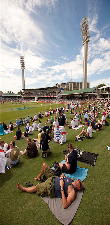 The third Ashes test match between Australia and England at the WACA (West Australian Cricket Association) ground in Perth, Australia. Photo: Graham Morris (Tel: +44(0)20 8969 4192 Email: sales@cricketpix.com) 17/12/10