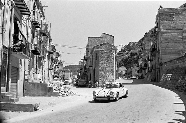 Toad Hall Porsche in Collessano village during 1972 Targa Florio race, photo by Pete Lyons