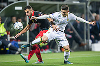 ROTTERDAM - Excelsior - Vitesse , Voetbal , Eredivisie , Seizoen 2015/2016 , Stadion Woudestein , 31-10-2015 , Excelsior speler Adil Auassar (l) in duel met Vitesse speler Kevin Diks (r)