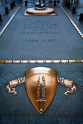 FRANCE PARIS 27JUL07 - Brass plaques at the tomb of  the unknown soldier at the Arc De Triomphe.. . jre/Photo by Jiri Rezac. . © Jiri Rezac 2007. . Contact: +44 (0) 7050 110 417. Mobile:  +44 (0) 7801 337 683. Office:  +44 (0) 20 8968 9635. . Email:   jiri@jirirezac.com. Web:    www.jirirezac.com. . © All images Jiri Rezac 2007 - All rights reserved.