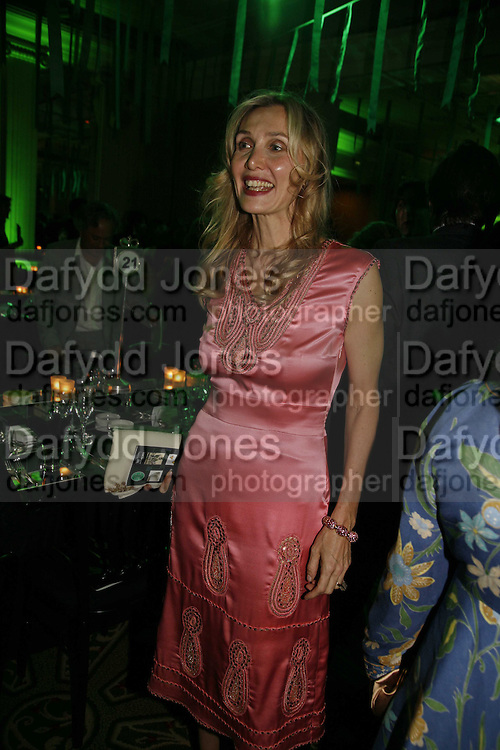 Allegra Hicks, Gala champagne reception and dinner in aid of CLIC Sargent.  Grosvenor House Art and Antiques Fair.  Grosvenor House. Park Lane. London. 15 June 2006. ONE TIME USE ONLY - DO NOT ARCHIVE  © Copyright Photograph by Dafydd Jones 66 Stockwell Park Rd. London SW9 0DA Tel 020 7733 0108 www.dafjones.com