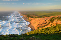 Pacific Oceann surf breaking along Point Reyes Beach, or The Great Beach, Point Reyes National Seashore, California