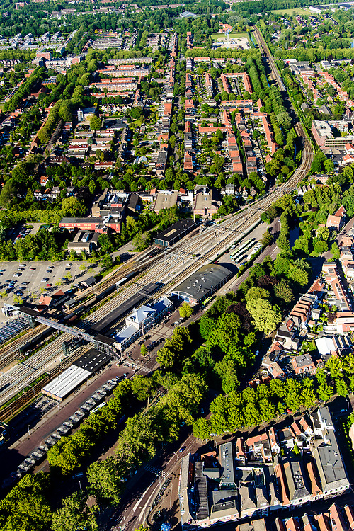 Nederland, Noord-Holland, Hoorn, 13-06-2017; NS Station en omgeving.<br /> Railway station Hoorn.<br /> luchtfoto (toeslag op standard tarieven);<br /> aerial photo (additional fee required);<br /> copyright foto/photo Siebe Swart