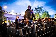 Frankfurt | 07 October 2016<br /> <br /> Am Freitag (07.10.2016) versammelten sich in Wetzlar etwa 80 Neonazis aus dem Umfeld der NPD, von neonazistischen Freien Kameradschaften, dem sog. Freien Netz Hessen und der Identit&auml;ren Bewegung zu einer Demonstration &quot;gegen &Uuml;berfremdung&quot;. Die geplante Demo-Route war von etwa 1600 Anti-Nazi-Aktivisten blockiert, daher wurde den Neonazis eine neue Demoroute durch Altstadt und Innenstadt von Wetzlar vorbei am Wetzlarer Dom zugewiesen. Auch hier stellten sich den Rechten immer wieder Aktivisten in den Weg.<br /> Hier: Anti-Nazi-Demonstranten am Bahnhof von Wetzlar schreien Nazis an.<br /> <br /> photo &copy; peter-juelich.com<br /> <br /> FOTO HONORARPFLICHTIG, Sonderhonorar, bitte anfragen!