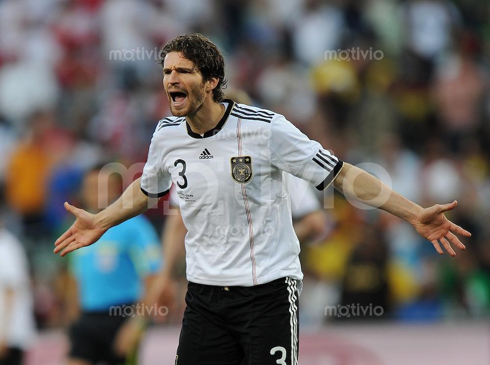 FUSSBALL WM 2010   ACHTELFINALE      27.06.2010 Deutschland - England Arne FRIEDRICH (Deutschland)
