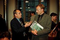 """06 OCT 1999, BERLIN/GERMANY:<br /> Peter Strieder, Senator für Stadtentwicklung, Umweltschutz und Technologie Berlin, und Jürgen Trittin, B90/Grüne, Bundesumweltminister, im Gespräch vor Beginn der Diskussionsveranstaltung """"Antiautoritärer Umweltschutz"""", Deutsches Architektur Zentrum<br /> Peter Strieder, SPD,Senator for Environment of Berlin, and Juergen Trittin, Federal Minister for Environment Germany, in discourse<br /> IMAGE: 19991005-02/01-04"""