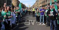 Hibernian Scottish Cup Open Top Bus Edinburgh 14 May 2016; Police try to control the huge crowd during the open top bus parade in Edinburgh after winning the Scottish Cup.<br /> <br /> (c) Chris McCluskie | Edinburgh Elite media