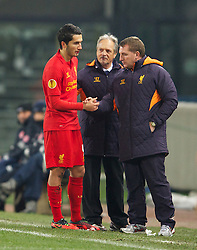 06.12.2012, Stadio Friuli, Udine, ITA, UEFA EL, Udinese Calcio vs FC Liverpool, Gruppe A, im Bild Liverpool's Nuri Sahin is forced to retire with a bloody nose as manager Brendan Rodgers looks on against Udinese Calcio during during the UEFA Europa League group A match between Udinese Calcio and Liverpool FC at the Stadio Friuli, Udinese, Italy on 2012/12/06. EXPA Pictures © 2012, PhotoCredit: EXPA/ Propagandaphoto/ David Rawcliffe..***** ATTENTION - OUT OF ENG, GBR, UK *****