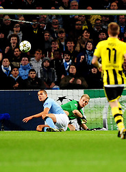 Manchester City's Joe Hart pulls of another great save with help from Manchester City's Jack Rodwell - Photo mandatory by-line: Joe Meredith/JMP  - Tel: Mobile:07966 386802 03/10/2012 - Manchester City v Borussia Dortmund - SPORT - FOOTBALL - Champions League -  Manchester   - Etihad Stadium -