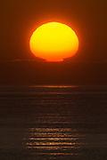 Sunset at the west coast of Norway. Blended by two exposures | Solnedgang på vestkysten av Norge. Bildet er tatt fra Hidsneset. Bildet er sett sammen av to eksponeringer.
