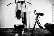 Raíca was born in Várzea Alegre, in Ceará state. She began to feel different from other boys at the age of 8 but only at age of 20 she left parental home and went to São Paulo, where she would make the changes in her body. Raíca does some exercises at the gym.