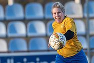 FODBOLD: Nina Druedal (Ølstykke FC) under kampen i Sjællandsserien mellem Ølstykke FC og Herlufsholm GF den 9. april 2019 på Ølstykke Stadion. Foto: Claus Birch