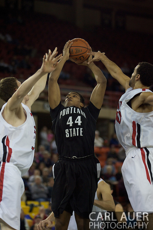 November 29th, 2008:  Anchorage, Alaska - Portland State's Jamie Jones (44) slices through the Seattle University defense in the third place game on the final day of the Great Alaska Shootout.