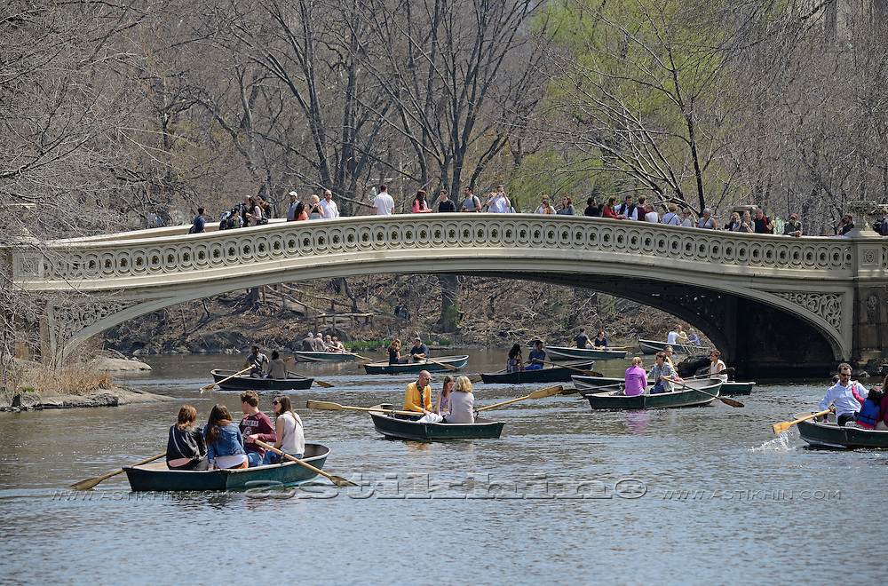 Traffic in Central Park lake, New York City, NY, USA.