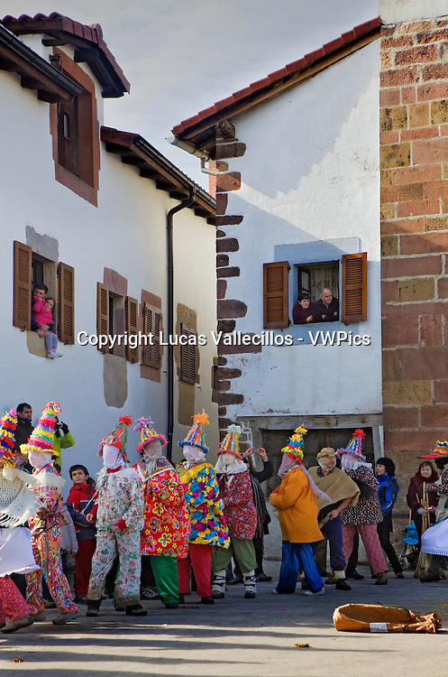 Txatxos dancing the Zortziko dance. In Frontón´. Lantz carnival. Navarra. Spain