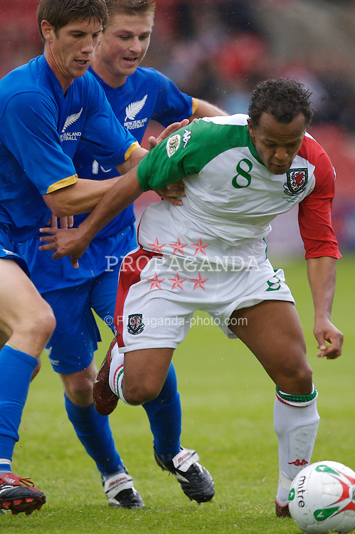 Wrexham, Wales - Saturday, May 26, 2007: Wales' Robert Earnshaw in action against New Zealand during the International Friendly match at the Racecourse Ground. (Pic by David Rawcliffe/Propaganda)