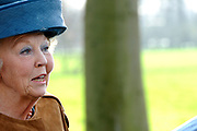 Prinses Beatrix opent Museum Oud Amelisweerd. Het museum toont het brede oeuvre van veelzijdig kunstenaar Armando.<br /> <br /> Princess Beatrix opens Museum Old Amelisweerd. The museum shows the broad work of versatile artist Armando.<br /> <br /> Op de foto / On the photo: <br />  Aankomst Prinses Beatrix / Arrival Princes Beatrix