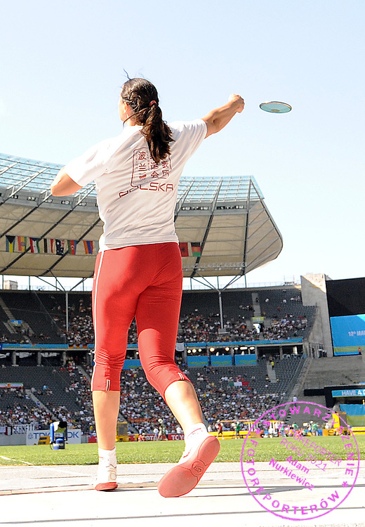 ZANETA GLANC (POLAND) COMPETES IN THE DISCUS WOMEN QUALIFICATION ON THE OLYMPIC STADION ( OLIMPIASTADION ) DURING 12TH IAAF WORLD CHAMPIONSHIPS IN ATHLETICS BERLIN 2009..BERLIN , GERMANY , AUGUST 19, 2009..( PHOTO BY ADAM NURKIEWICZ / MEDIASPORT )..PICTURE ALSO AVAIBLE IN RAW OR TIFF FORMAT ON SPECIAL REQUEST.
