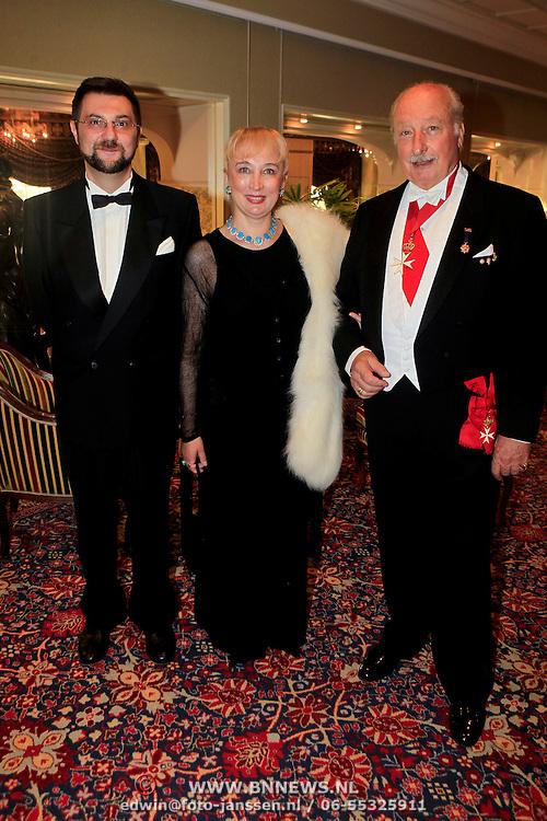 NLD/Noordwijk/20110924 - Kika Grand Gala 2011, Prins Anton Esterhazy de Galantha en partner, prins Enrique Bourbon de Parma van Spanje