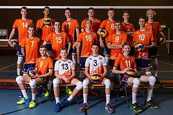 21-12-2018 NED: Photoshoot selection of Orange Young Boys, Arnhem <br /> Orange Young Boys 2018 - 2019 / Teamphoto