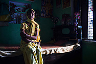 India, Uttar Pradesh. Pushpa , 25.<br /> Her husband was alcoholic and had an extramarital affair. Once he tried to burn her down with the complicity of four friends and one day pushed her down the stairs provoking a deep cut on her head.<br /> She then decided to leave and go back to her parents house where she is actually leaving.<br /> Alessio Romenzi