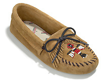 minnetonka brown moccasin