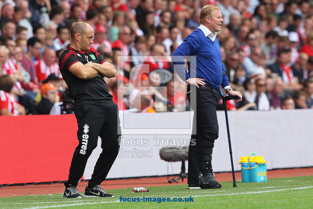 Norwich Manager Alex Neil and Southampton Manager Ronald Koeman during the Barclays Premier League match at the St Mary's Stadium, Southampton<br /> Picture by Paul Chesterton/Focus Images Ltd +44 7904 640267<br /> 30/08/2015