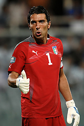 06.09.2011, Stadio Artemio Franchi, Florenz, ITA, UEFA EURO 2012, Qualifikation, Italien vs Slovenien, im Bild Gianluigi BUFFON italia.. // during the UEFA Euro 2012 Qualifier Game, Italy vs Slovenia, at Stadio Artemio Franchi Florence Italy on 2011-09-06. EXPA Pictures © 2011, PhotoCredit: EXPA/ InsideFoto/ Andrea Staccioli +++++ ATTENTION - FOR AUSTRIA/(AUT), SLOVENIA/(SLO), SERBIA/(SRB), CROATIA/(CRO), SWISS/(SUI) and SWEDEN/(SWE) CLIENT ONLY +++++