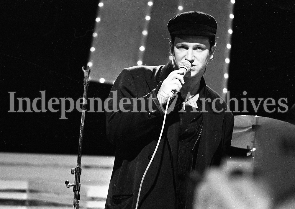 At the 25th Year celebration of The Dubliners on The Late Late Show, U2's Bono, Dublin, 06/03/1987 (Part of the Independent Newspapers Ireland/NLI Collection).