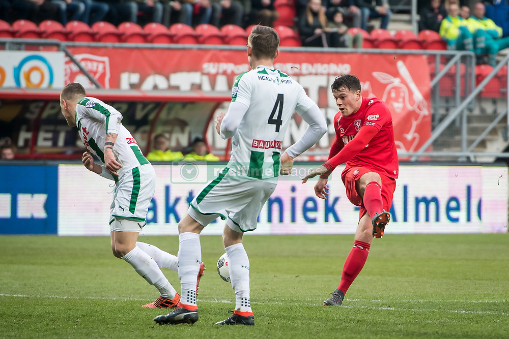 (L-R) Samir Memisevic of FC Groningen, Mike te Wierik of FC Groningen, Tom Boere of FC Twente during the Dutch Eredivisie match between FC Twente Enschede and FC Groningen at the Grolsch Veste on March 04, 2018 in Enschede, The Netherlands