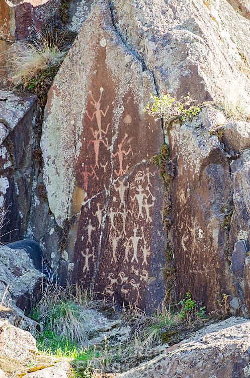 Petrogylphs at Buffalo Eddy on the Snake River near Asotin, Washington.
